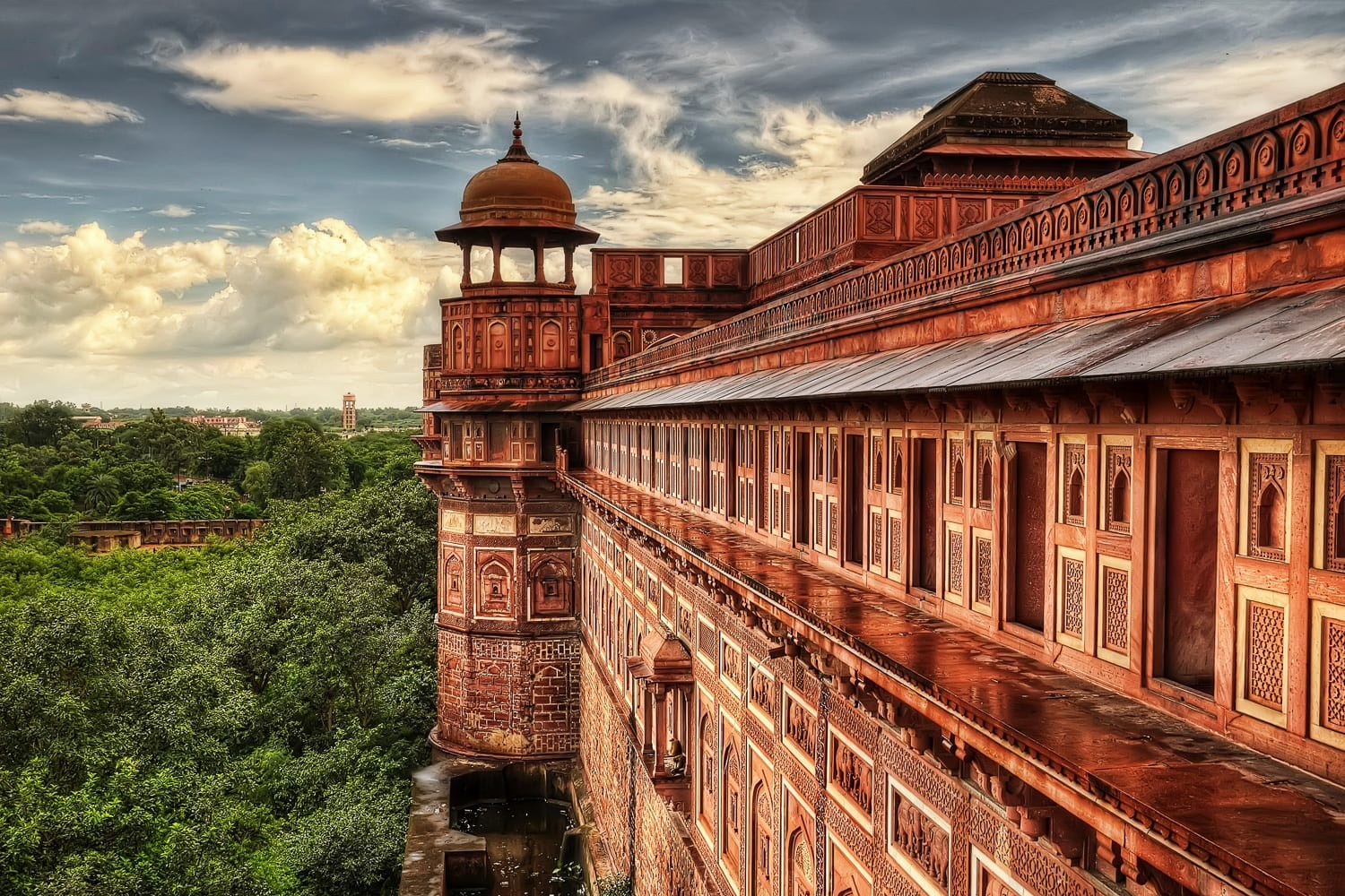 workshop-india-photography-expedition-AdobeStock_181833597 red fort_