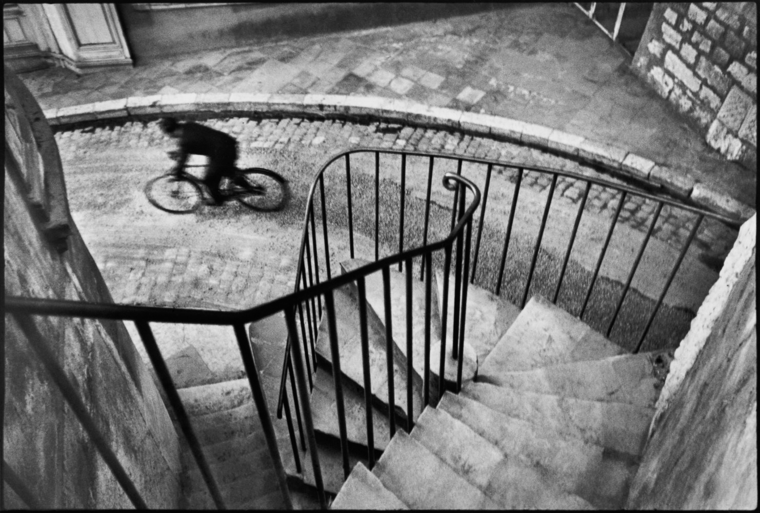 Masters of Photography: 2019 Lecture Series with Jeffrey Martz. Photo © Henri Cartier-Bresson